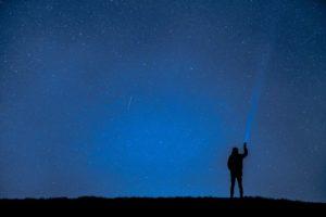 人工流れ星 いつ どこ
